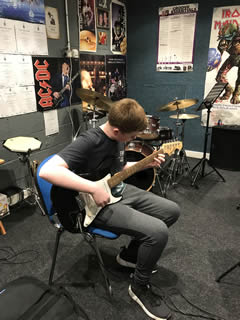 Doncaster Guitar School - Picture 10